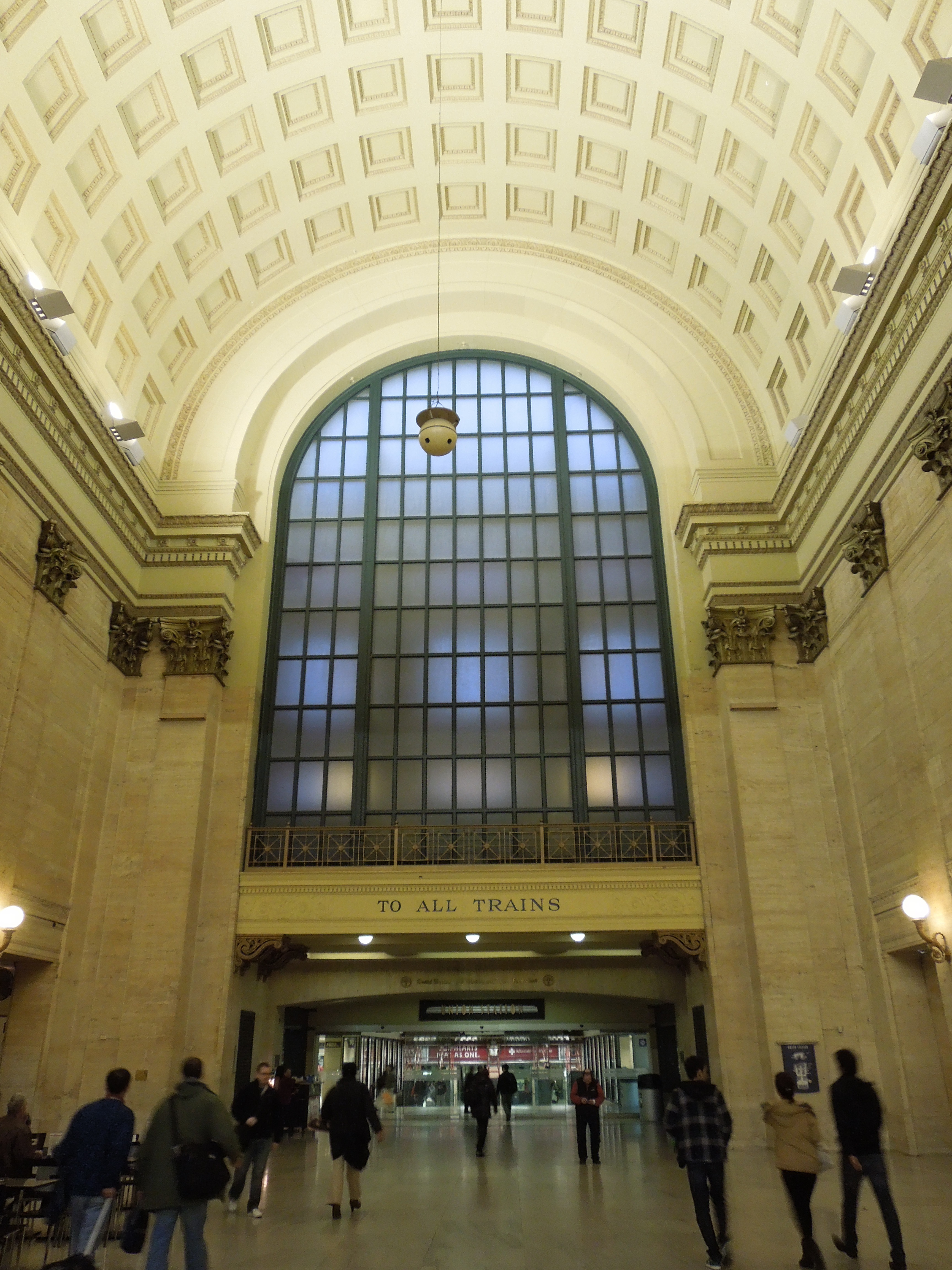 Chicago Union Station, TO ALL TRAINS